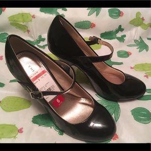NWT Chinese Laundry black heels